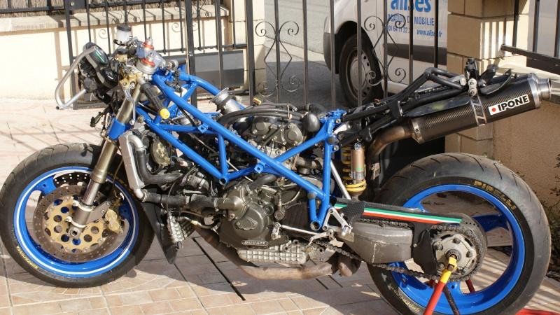 preparation moto 2010. Black Bedroom Furniture Sets. Home Design Ideas