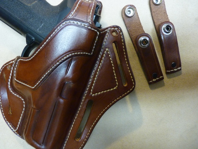T7408 Holster Inside Kidney Pour Autos Et Revolvers By Slye