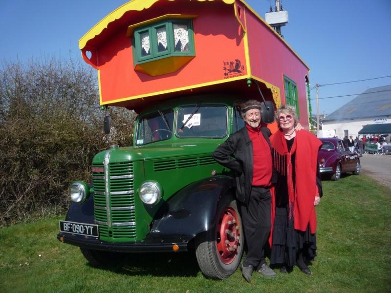 pr sentation bedford camping car roulotte de 1950. Black Bedroom Furniture Sets. Home Design Ideas